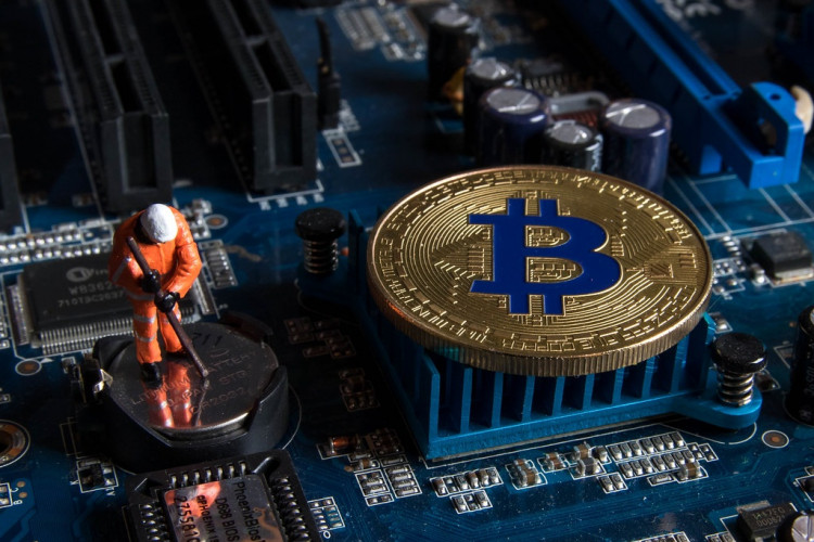 Bitcoin Miners` Revenues Significantly Dropped At The Beginning Of The Summer