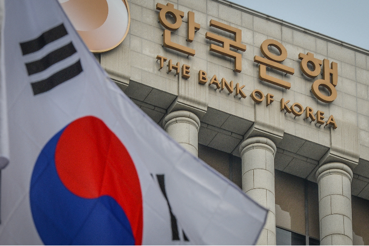 74% of South Korean bankers predict BTC at $90,000 by the end of 2021
